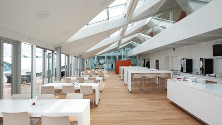 Middelfart Sparekasse, Middelfart, Denmark, Fusion, H-edge, 1200x600
