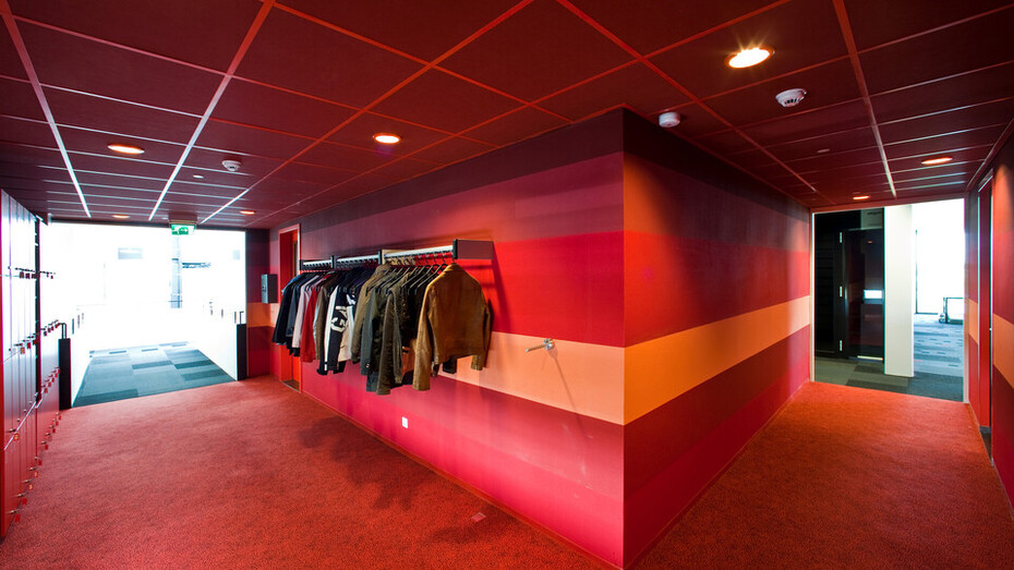Rabobank, Heinenoord, The Netherlands, Rockfon Color-all, A-edge, 600x600