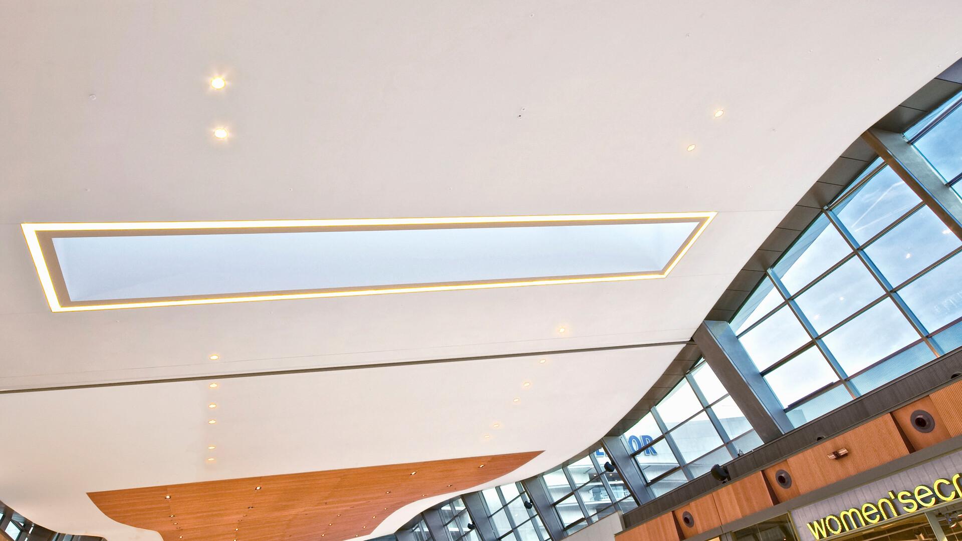 Acoustic ceiling solution: Rockfon® Mono® Acoustic, TE, 1800 x 1200