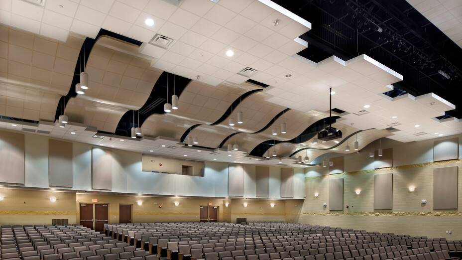 Bradley Central High School Fine Arts Center, KBJM Architects, TRI-CON, CurvGrid, Two-Directional Aluminum Grid Suspension System, Solid Aluminum Panels, 1200 Standard Suspension System, Infinity Perimeter Trim, Education, Pepple Photography