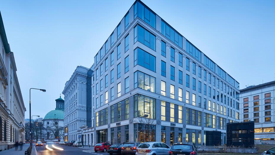 Kamienica Małachowskiego Str. Building,Poland,Warsaw,3000 m²,Autorska Pracownia Architektury Andrzej i Barbara Kaliszewscy Bohdan Napieralski, architekci, sp. z o.o.,Konior Sp. z o.o., Mawex Marek Pawlak,Bartosz Makowski,exterior