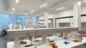 SDU Det Teknologiske fakultet,DK,Odense,C. F. Møller A/S,Bygningsstyrelsen,Svend Christensen,ROCKFON Sonar,C-edge,X-edge,1200x600,white