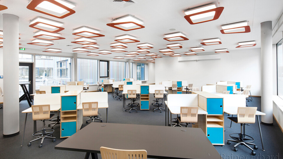 Acoustic ceiling solution: Rockfon® Tropic™, X, 600 x 600