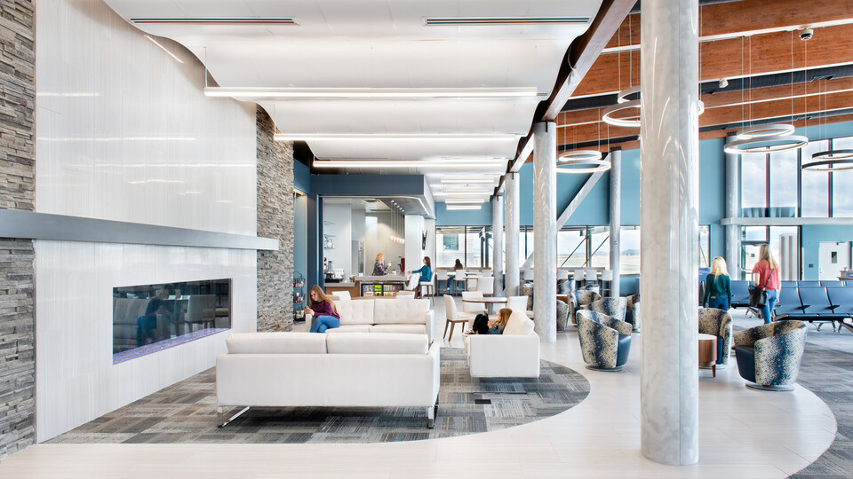 Featured products: Rockfon® CurvGrid™ Two-directional Curved Ceiling System