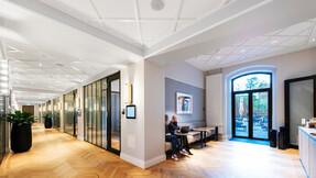 Corridor in Hotel Villa Copenhagen Denmark with Rockfon Blanka tiles