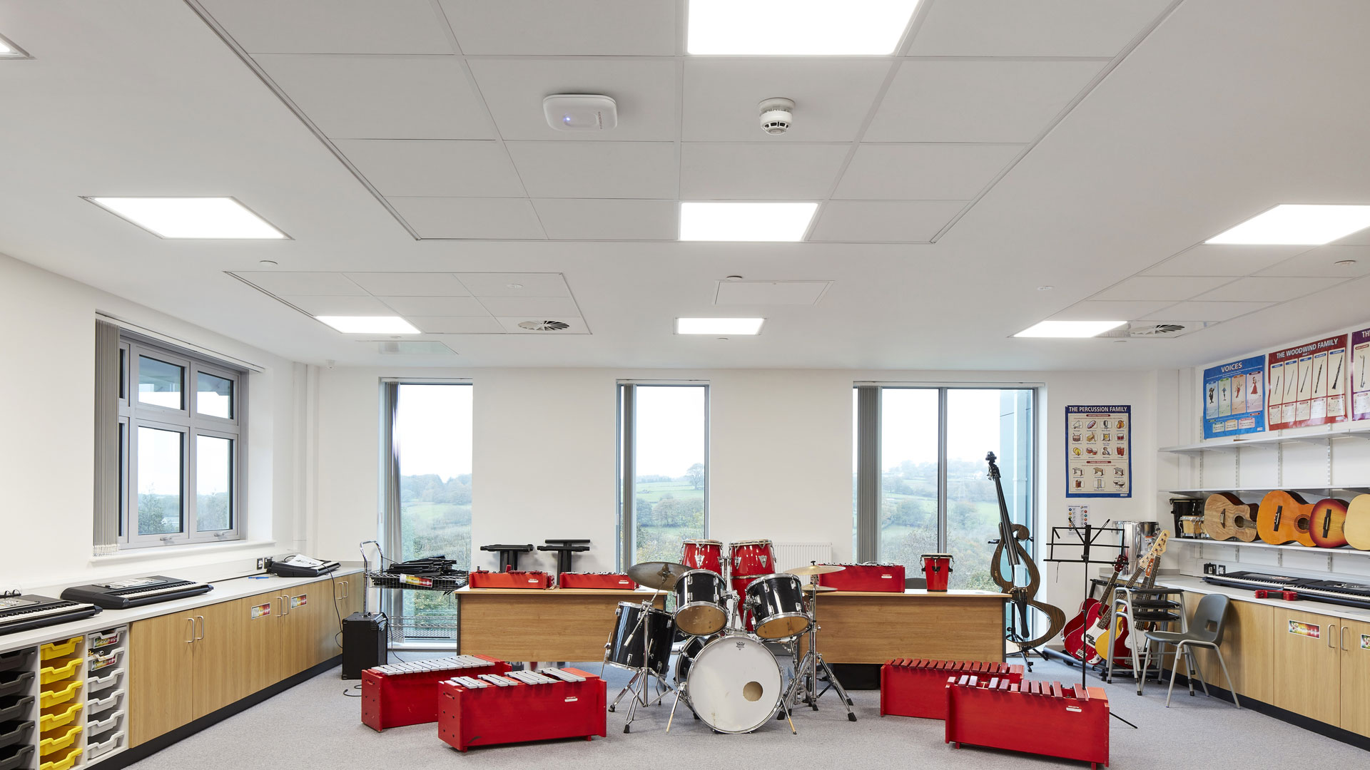 Room to room sound insulation and highest sound absorption with Rockfon Blanka dB 46 acoustic ceiling tiles (super white ceiling tiles)