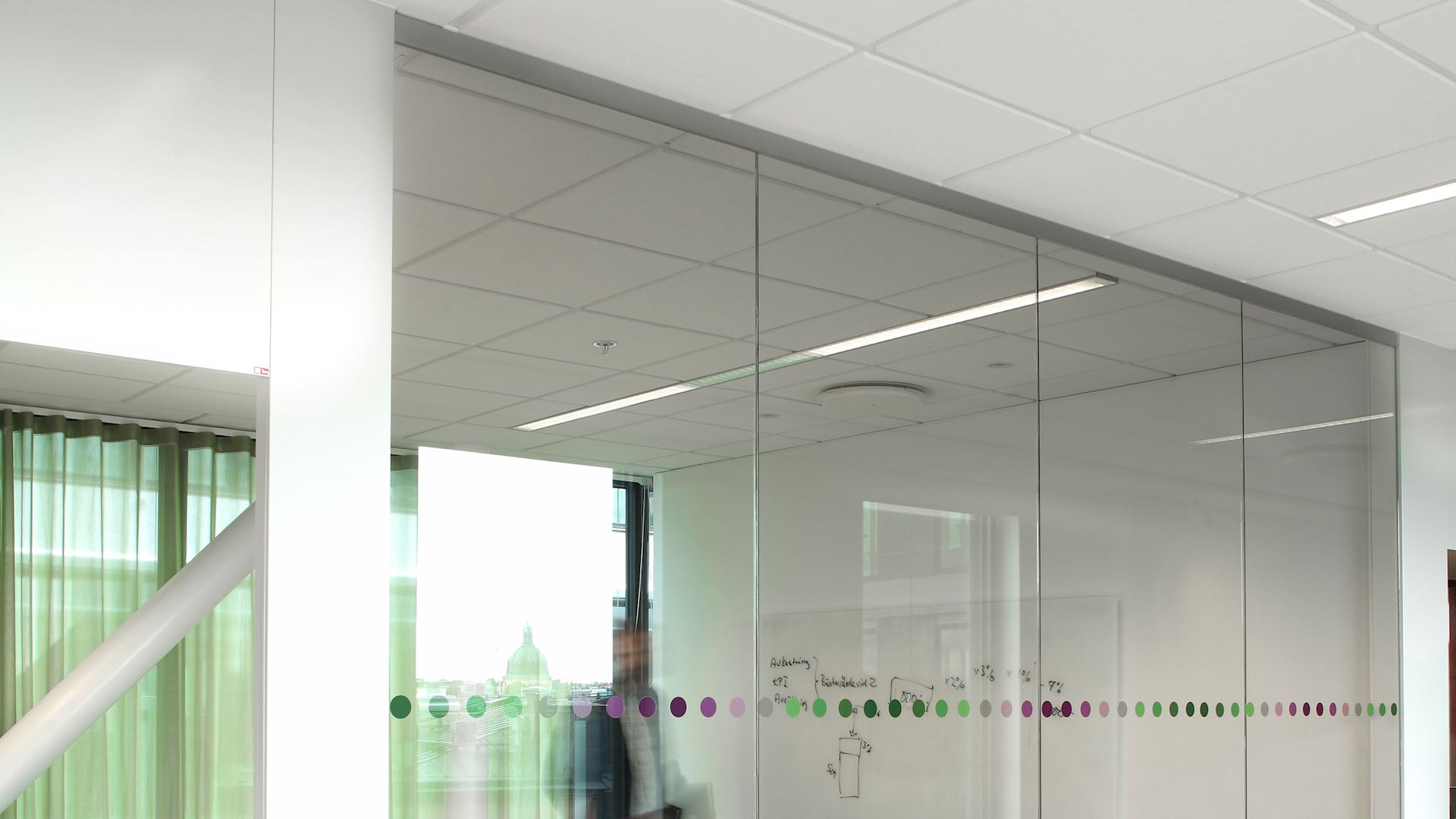 Acoustic barriers with Rockfon Acoustimass (reduce noise transfer in ceiling and floor plenums, excellent fire safety)