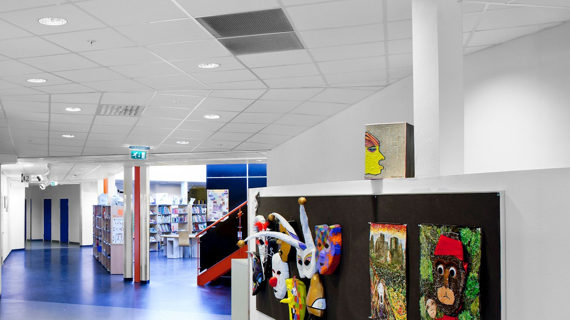 Acoustic ceiling with Rockfon Tropic sound absorbing ceiling tiles